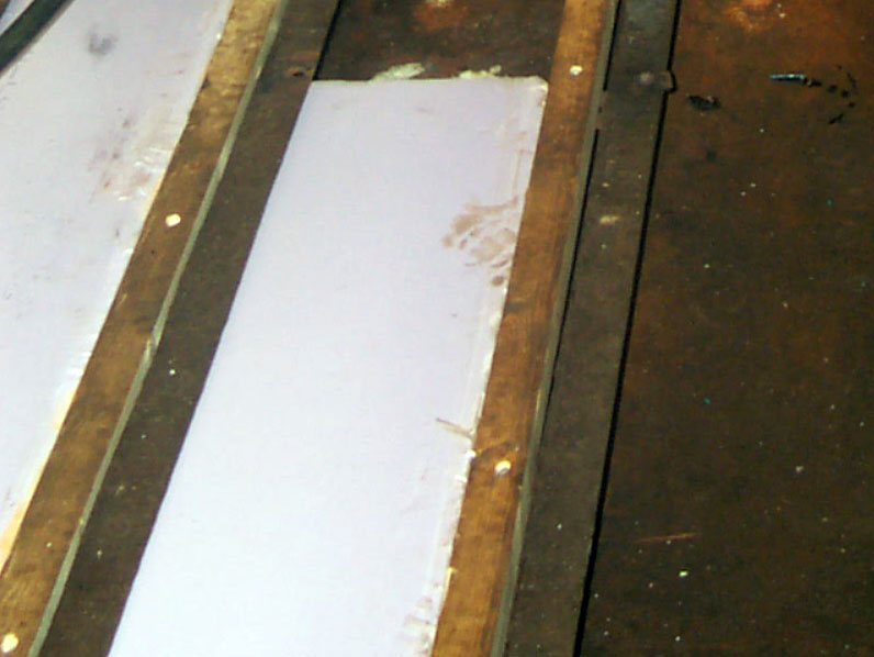 floorbeams in a barge conversion houseboat